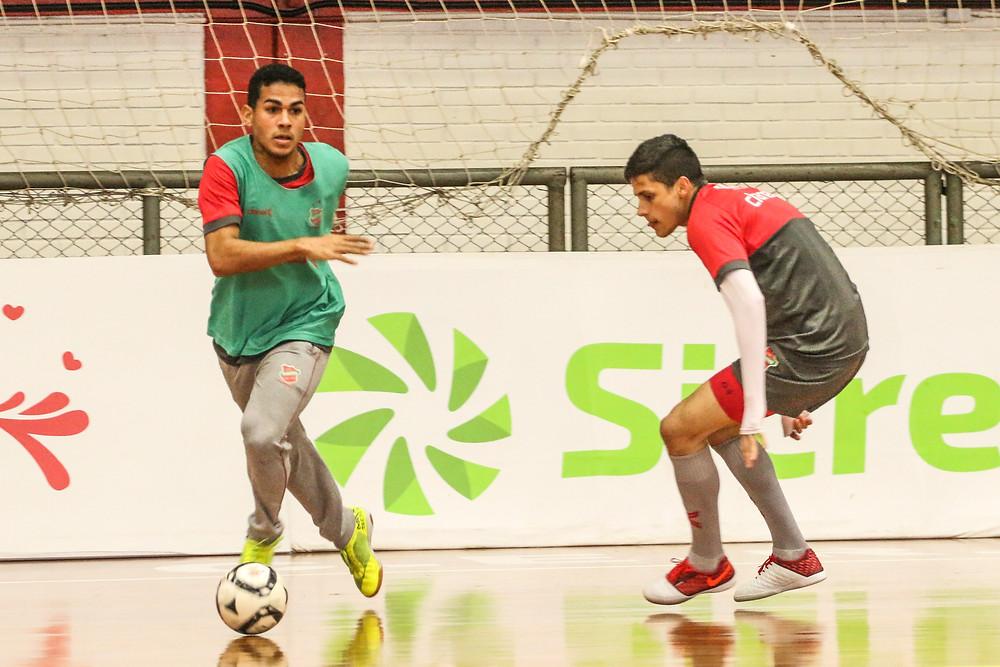 Crédito: Edson Castro - Equipe se preparando para a estreia na LNF
