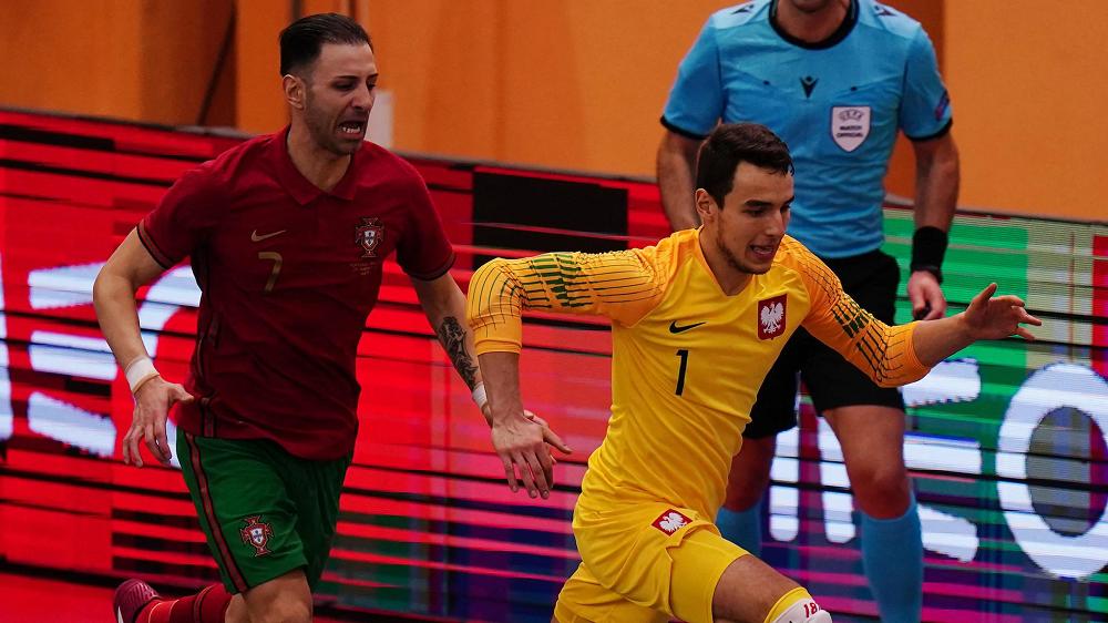 Crédito: Getty Images - Atual campeã Portugal recuperou de duas derrotas para empatar 2-2 com a Polónia na sexta-feira