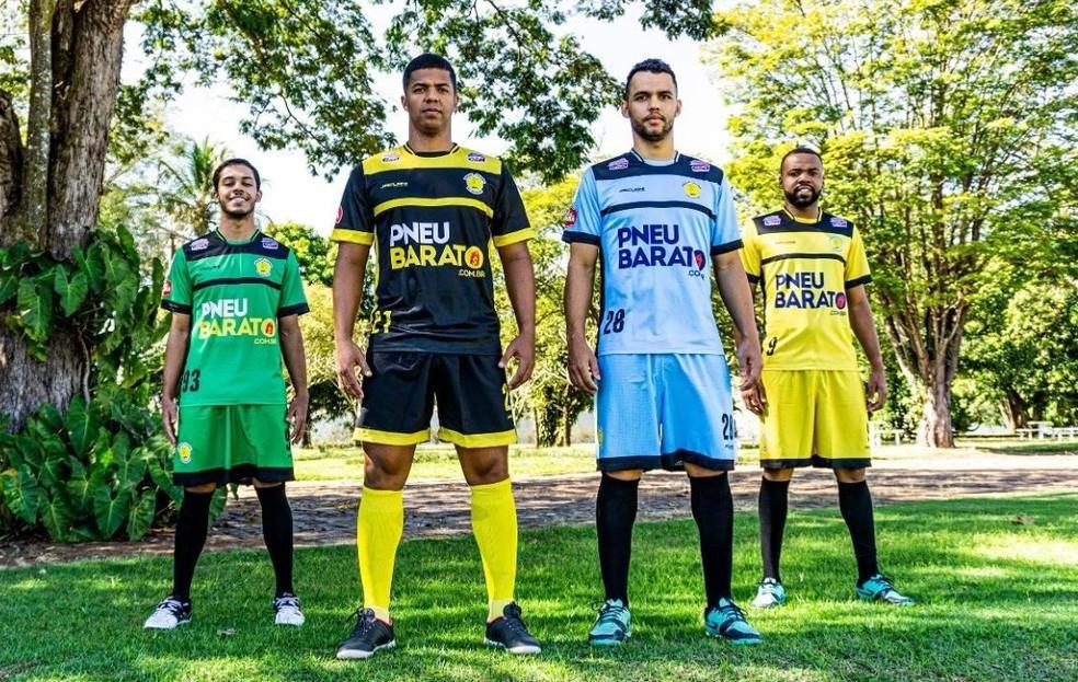 Crédito: Praia Clube - Time de futsal do Praia Clube apresenta uniformes para a temporada 2020