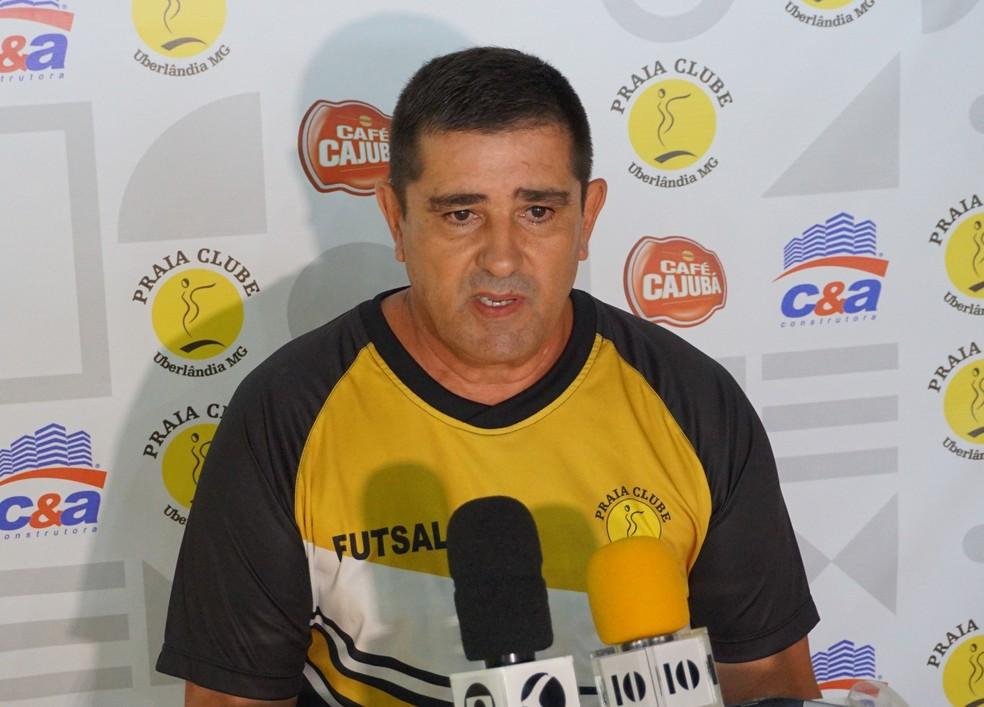 Crédito: Assessoria Praia Clube - Técnico Marcelo Duarte, o Morcego, acredita em classificação no Grupo C do Liga Nacional de Futsal