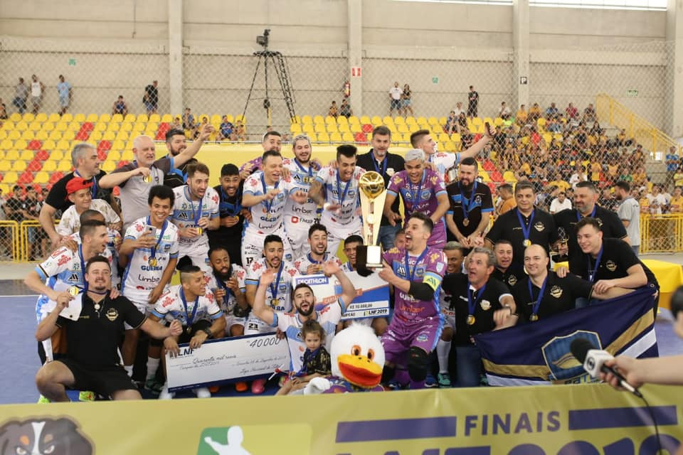 Crédito: Mauricio Moreira - Em Sorocaba (PR), Pato Futsal conquistou o bicampeonato da LNF