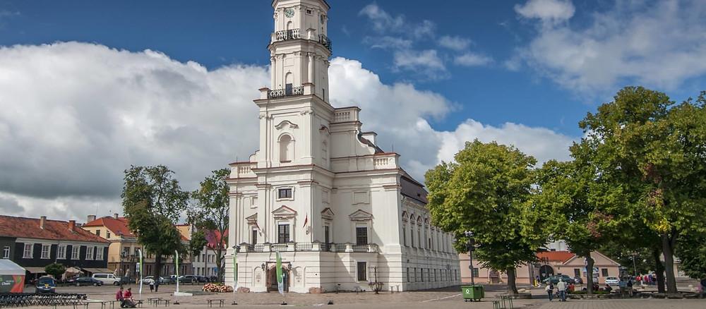 Crédito: Divulgação - Câmara Municipal kaunas lituânia