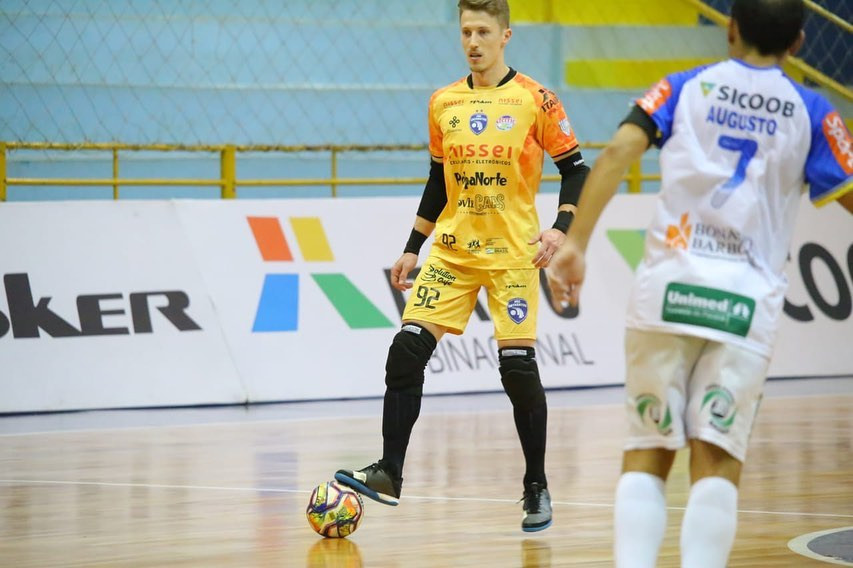 Crédito: Nilton Rolin - O goleiro Henrique é um dos destaques e mais experientes jogadores do Foz Cataratas