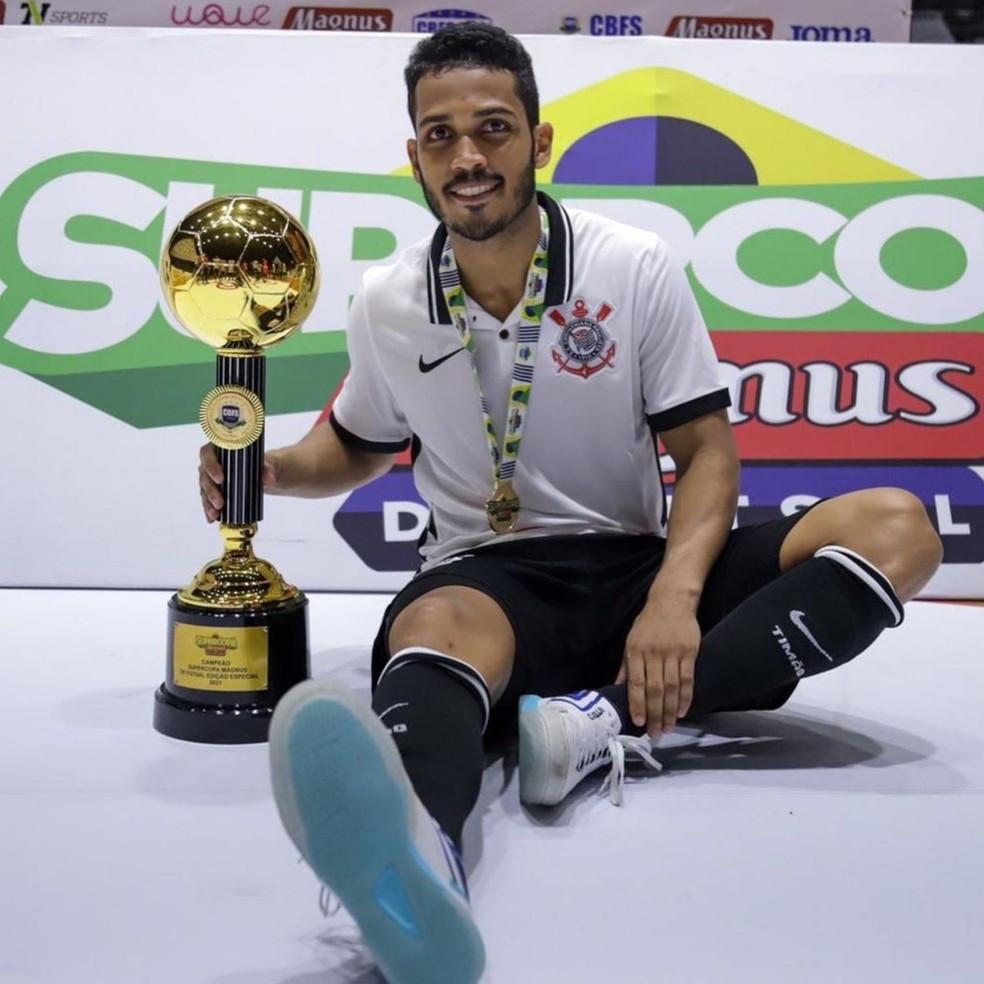 Crédito: Reprodução - Título da Supercopa é o primeiro de Tatinho com a camisa do Timão