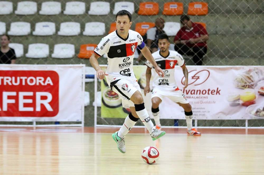 Crédito: Assessoria Joinville - Leco fez história também no rival Joinville