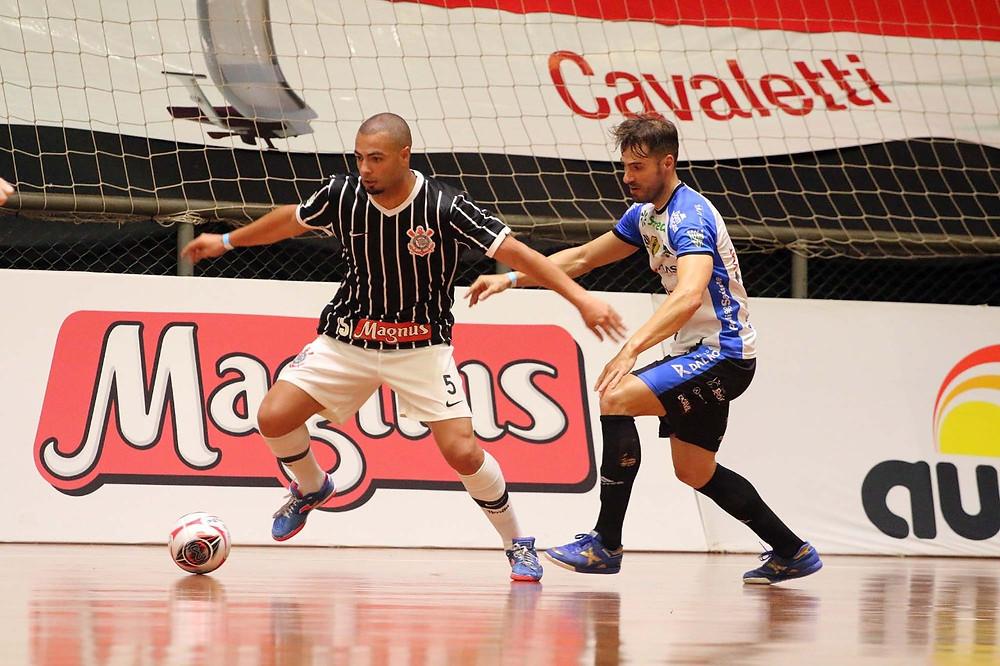 Crédito: Edson Castro - Pato Futsal empatou com o Corinthians pela segunda rodada