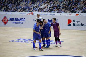Minas recebe o Praia Clube pela Liga Nacional de Futsal