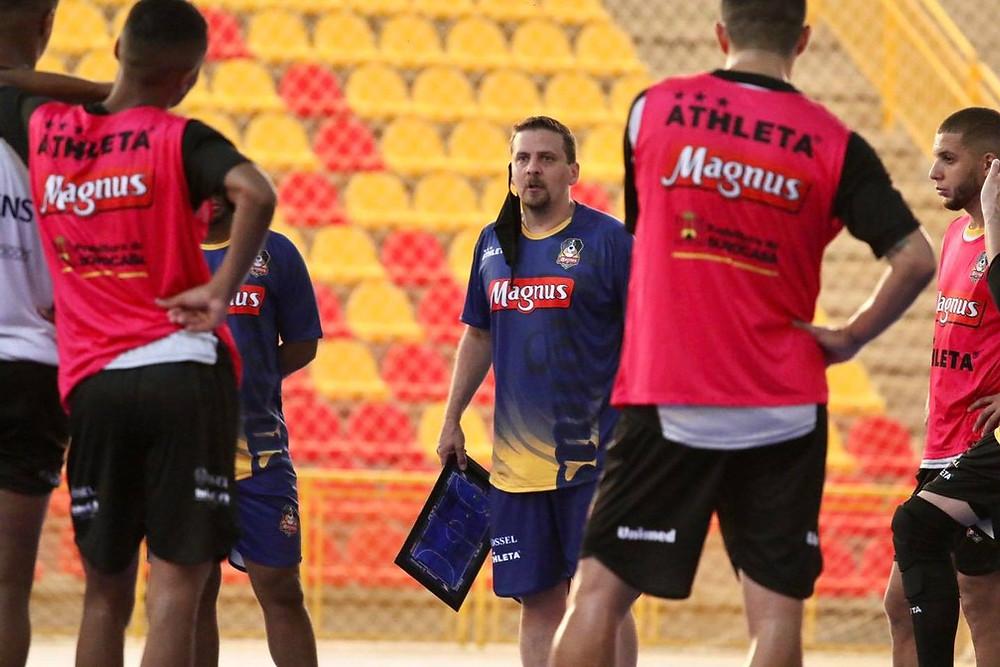Crédito: Guilherme Mansuetto - Equipe volta a treinar online