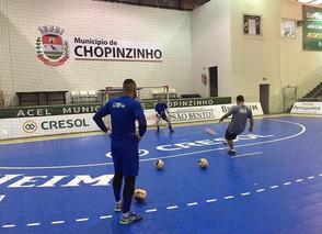 Em jogo de confronto direto e dez gols, Campo Mourão empata com Chopinzinho pelo Paranaense