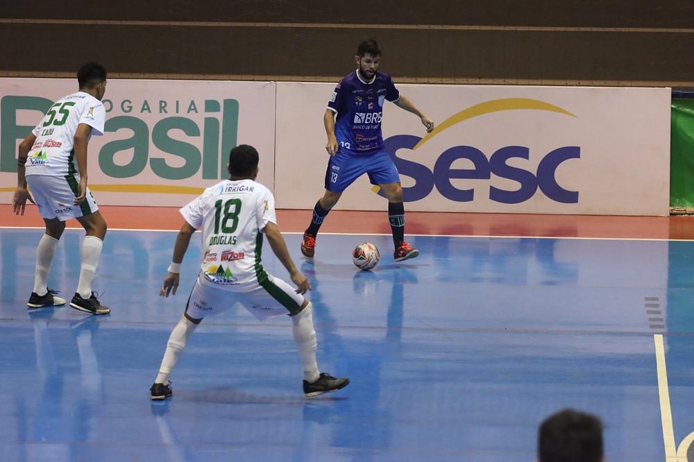 Crédito: Divulgação/Real Brasília Futsal - Após empate, decisão será em Mato Grosso.