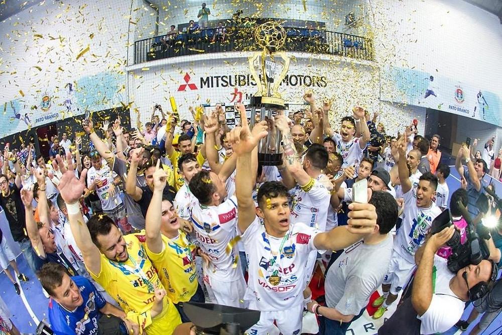 Crédito: Mauricio Moreira - Pato campeão da Série Ouro do Paranaense 2017