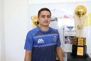 Pato oficializa a contratação de ala campeão da Taça Brasil Sicredi