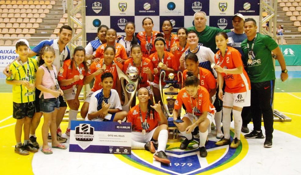 Crédito: Assessoria FMFS - Uiraupuru/Faipe/Cáceres é o atual campeão da Copa Centro América de Futsal