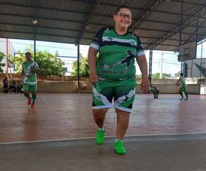 Treinadora de Futsal, com suspeita de COVID-19, não consegue leito para internação em Roraima.