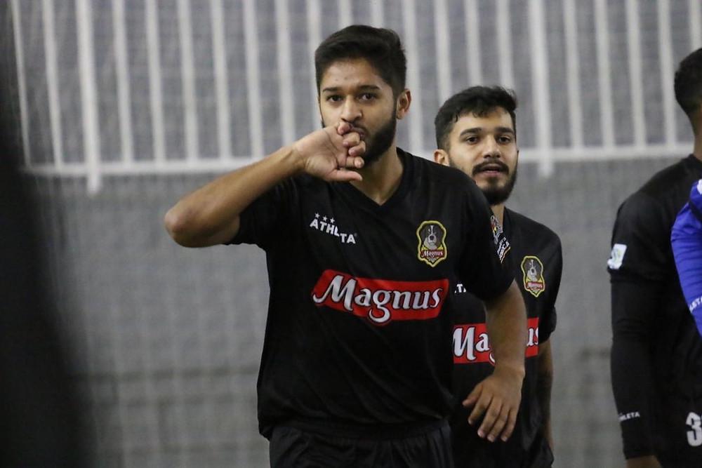 Crédito: Guilherme Mansueto - Leandro Lino marcou um dos gols da vitória do Magnus sobre o São José