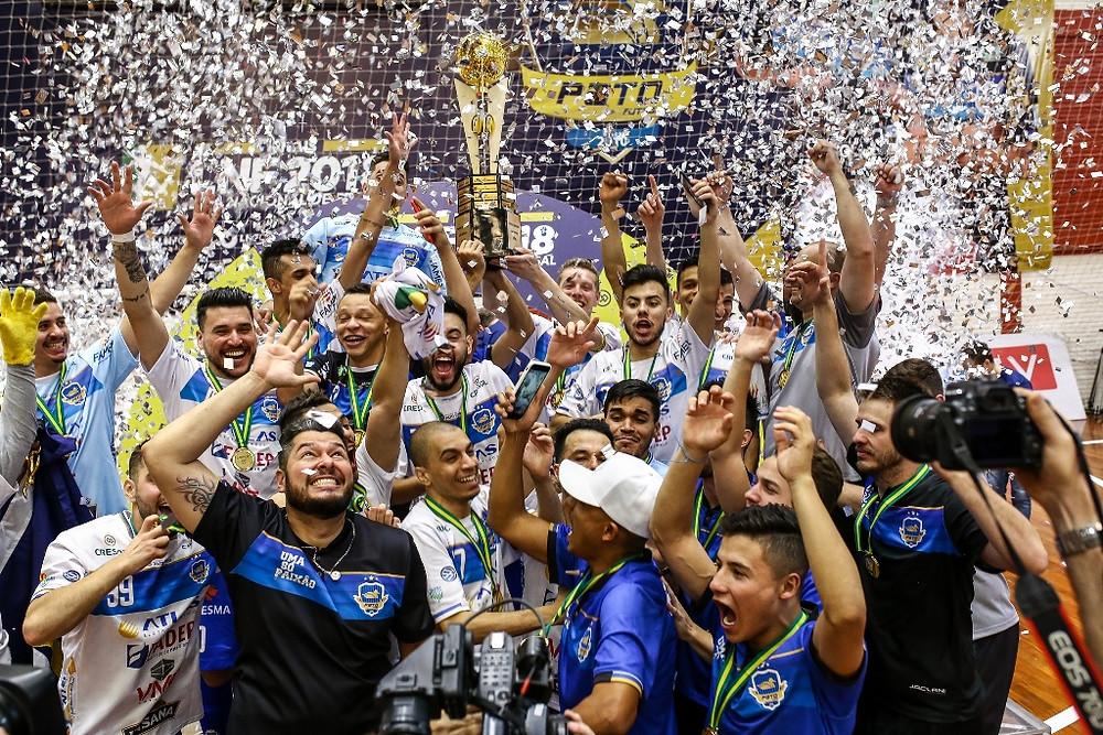 Crédito: Mauricio Moreira - Pato entrou para história em 2018 como primeiro clube paranaense campeão da Liga Nacional