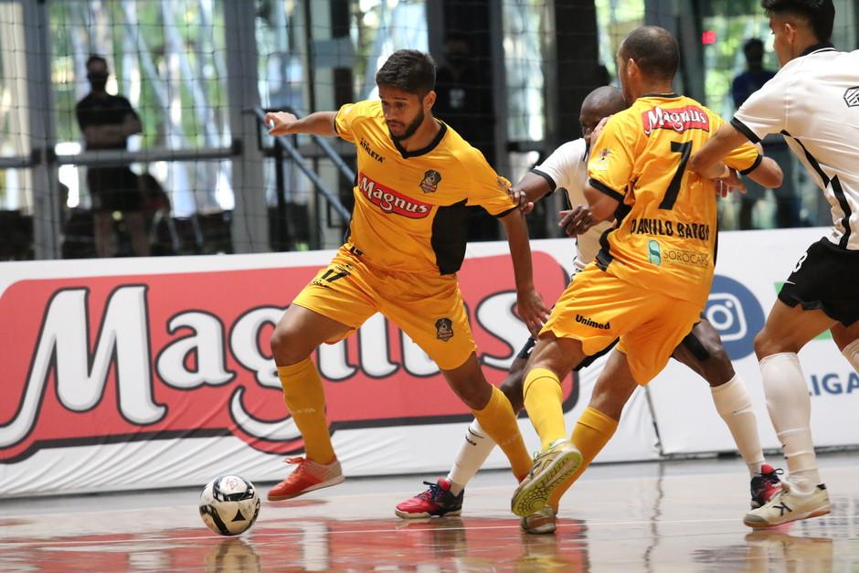 Crédito: Guilherme Mansueto - Magnus estreiou na sexta-feira  (28) contra o Corinthians.