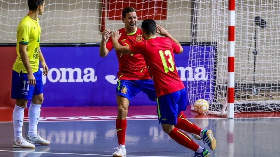 Crédito: LNFS - Espanha tem duelo diante da Letônia