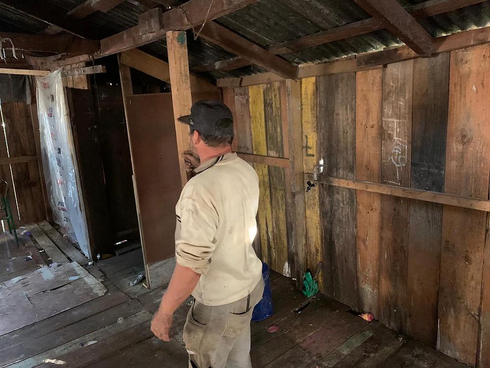 Crédito: Divulgação - Gilmar apresentou as condições da casa antes da demolição