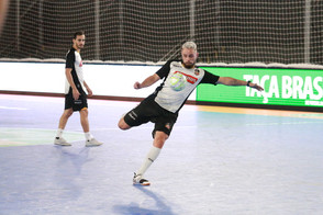 Magnus Futsal encara a Portuguesa (RJ) na estreia da Taça Brasil Sicredi