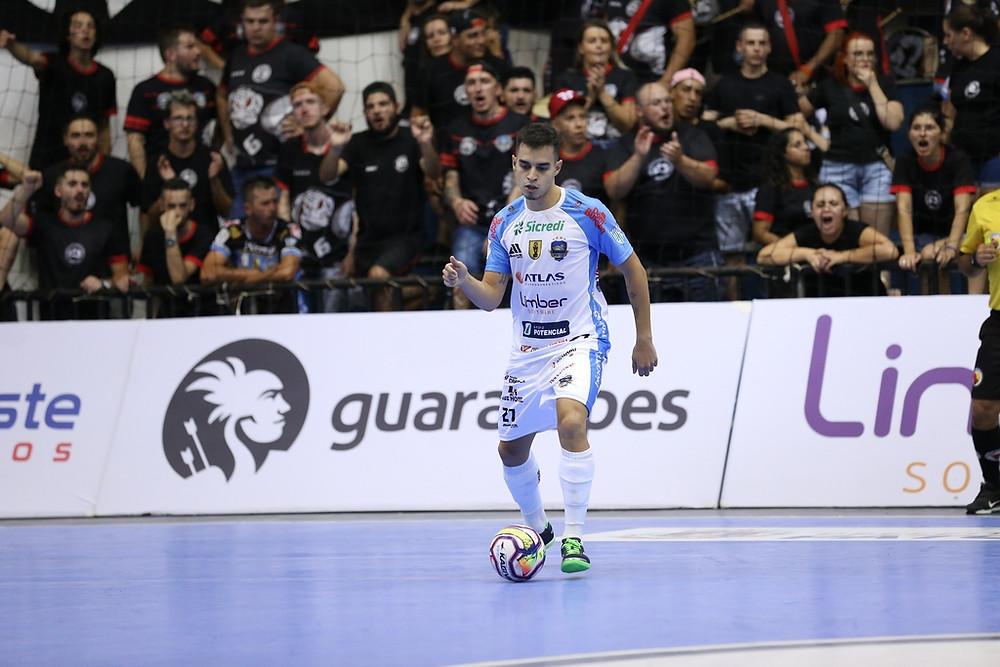 Crédito: Mauricio Moreira - Mazetto em ação pelo Pato na temporada 2020