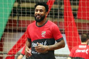 Pivô Jé reforçará o Atlântico na Supercopa Magnus de Futsal