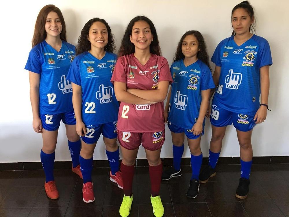 Crédito: São José - Atletas apresentando uniforme Jogo 2