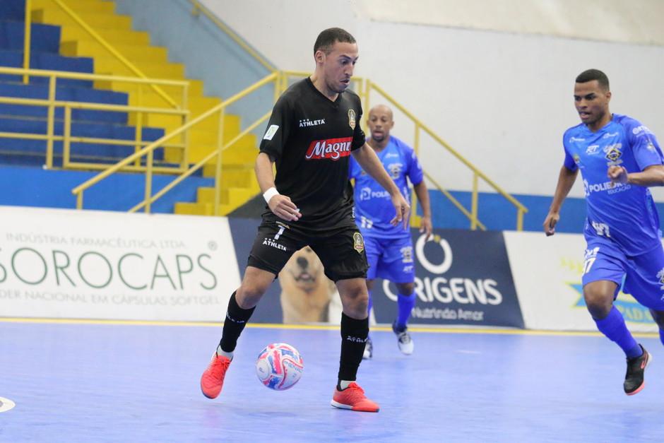 Crédito: Guilherme Mansueto - Magnus joga pelo empate para levar o estadual