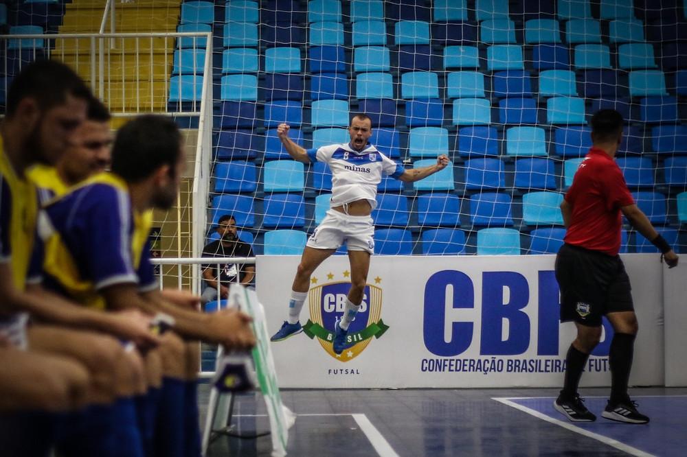 Crédito: Leonardo Hubbe - Ferro marcou dois gols nas quartas da final da Taça Brasil Sicredi