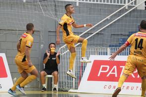 Leozinho é eleito melhor jogador jovem do mundo pela segunda vez