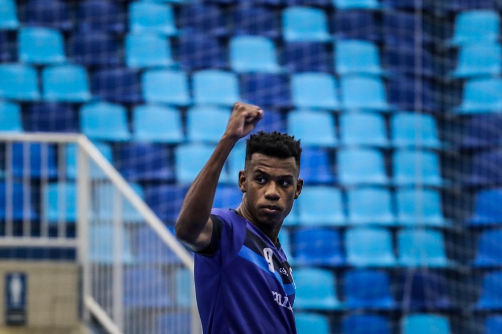Crédito: Leonardo Hubbe - Pivô Renato marcou o primeiro gol do Minas na competição