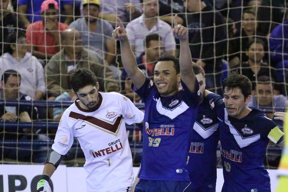 Crédito: - Intelli - Dieguinho foi o artilheiro da LNF2015 com 30 gols