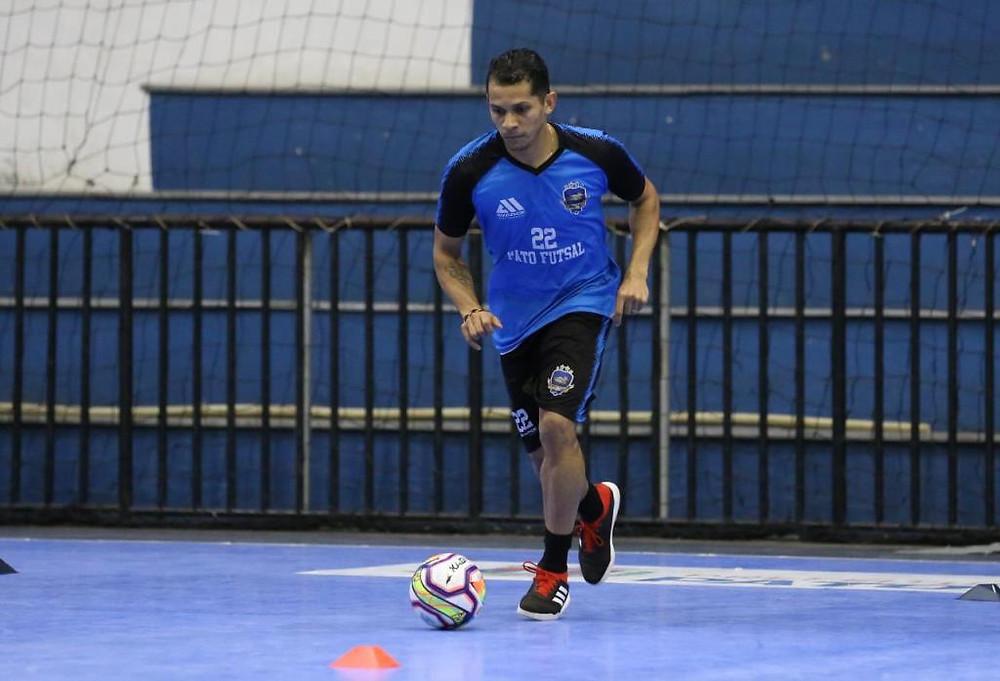 Crédito: Mauricio Moreira - Ala chegou ao Pato na última temporada depois de passar pelo futsal italiano.