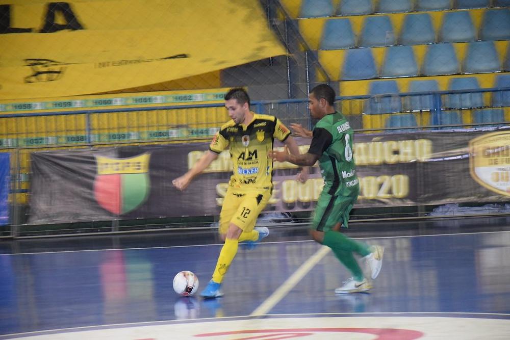 Gols foram marcados por Keké, Vagner Mânica e Rafinha