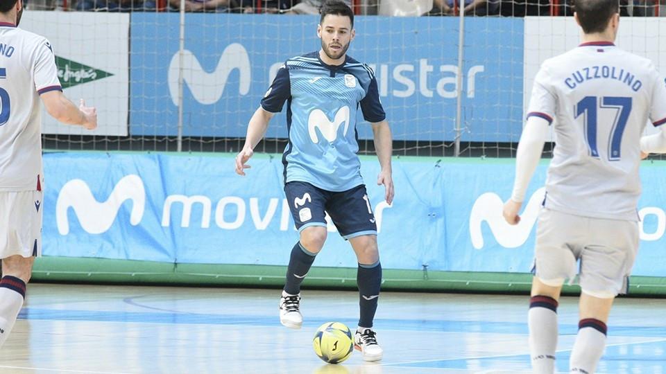 Crédito: Helen Boto - Marlon durante uma partida com a Movistar Inter.