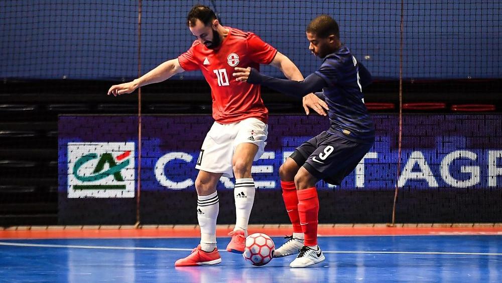 Crédito: FRF - França e Geórgia empataram na estreia pro 2 a 2
