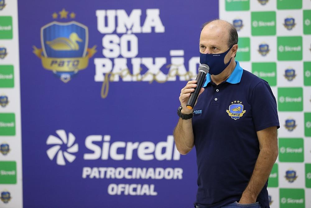 Crédito: Mauricio Moreira - Diretor Executivo do Pato Eliseu Bertelli, durante live na Sicredi