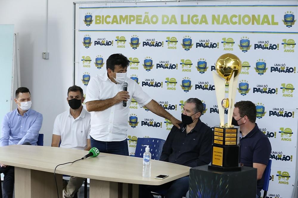 Crédito: Mauricio Moreira - Coletiva de imprensa ocorreu nesta quarta-feira com a presença do prefeito Robson Cantu