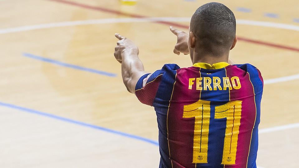 Crédito: LNFS - Ferrão vive grande fase no Barcelona