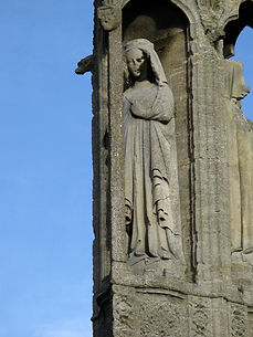Eleanor of Castile on the Geddington Cross