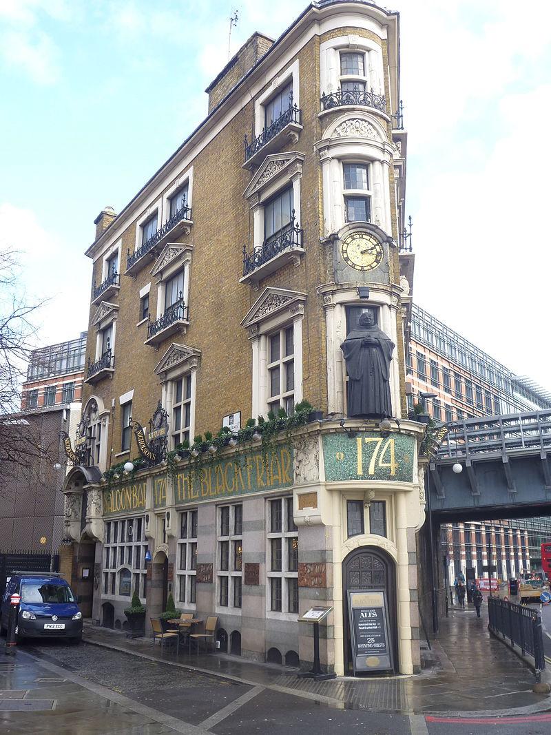 The_Black_Friar_Pub,_London_(8484532405).jpg