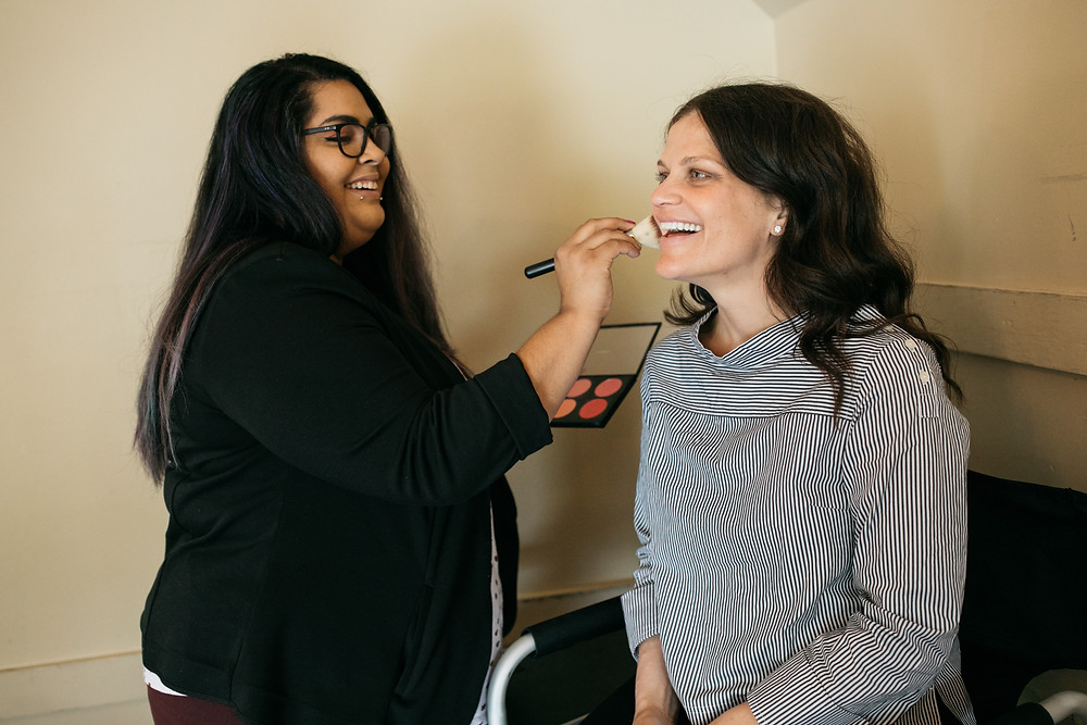 Snohomish Wedding Tour | Makeup Artist Touching Up Bride's Makeup | Snohomish Wedding Planner Prudence & Sage