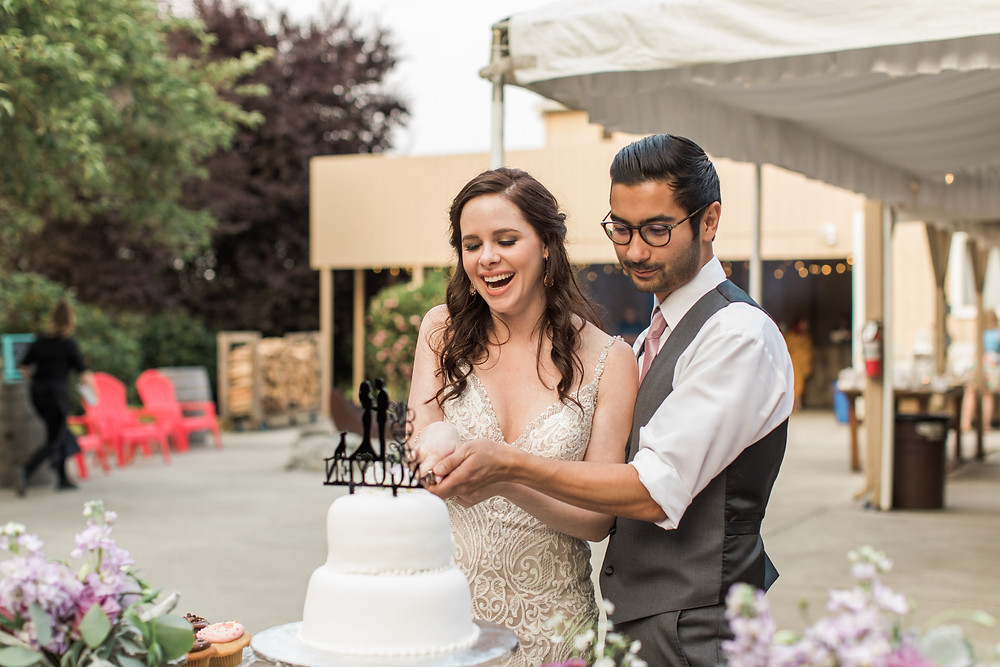 Realistic Wedding Planning Under $15k | Cake-Cutting at an Outdoor Wedding | Snohomish Wedding Coordinator