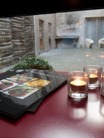 view innercourt candles