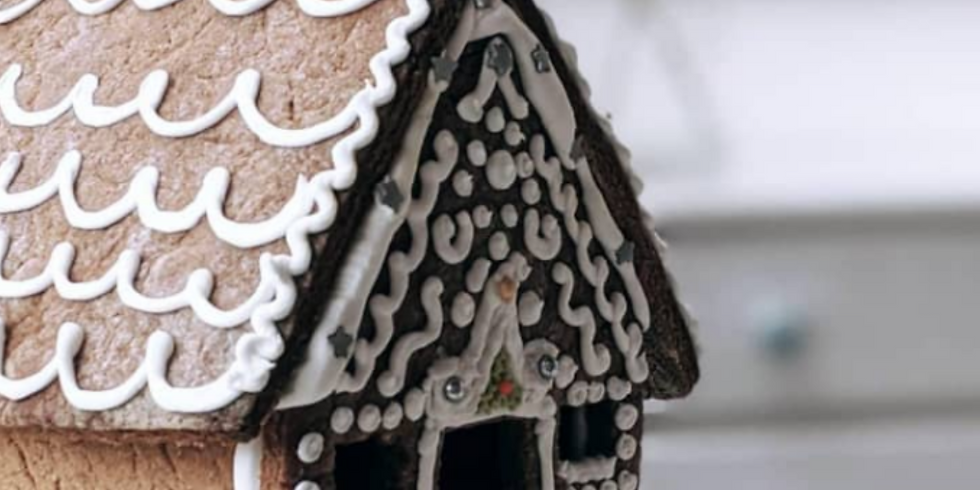 Gingerbread House Building Class