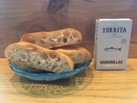 Sardines & Cristal Bread