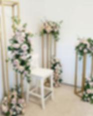 Asymmetric floral arrangements on our go