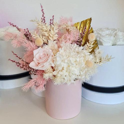 Everlasting Flowers - Light Pink Ceramic Vase