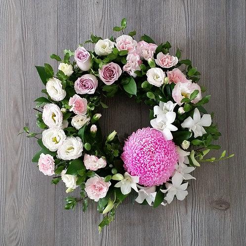 35cm Premium Wreath