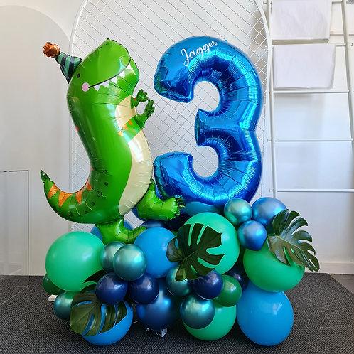 Freestanding Balloon Garland